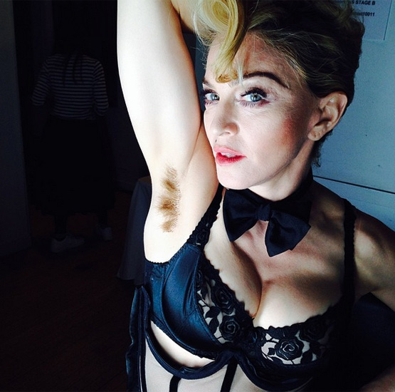 hairy-armpit-madonna
